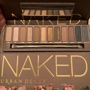 Urban Decay _ NAKED Eyeshadow Palette